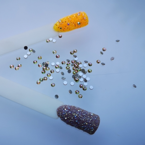 Crystal for nails sunshine